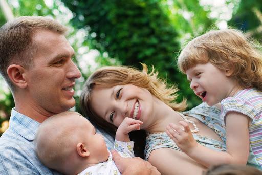 Familia con padre y madre