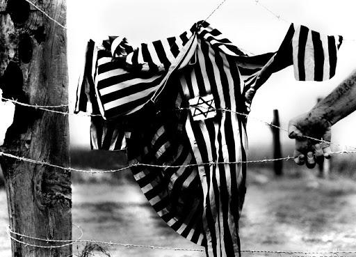 È possibile ancora pregare dopo Auschwitz? - es
