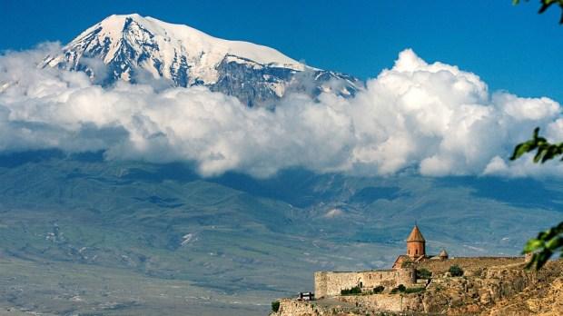 Monasterio de Khor Virap y el Monte Ararat