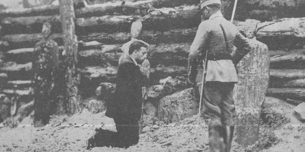 Fotografiaron el martirio de este sacerdote para humillarle, y el efecto fue  el contrario
