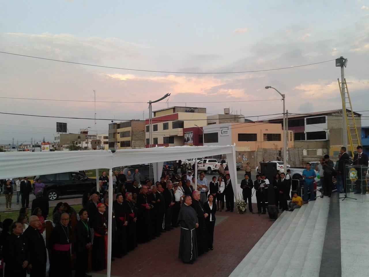 Acto de agradecimiento en Perú