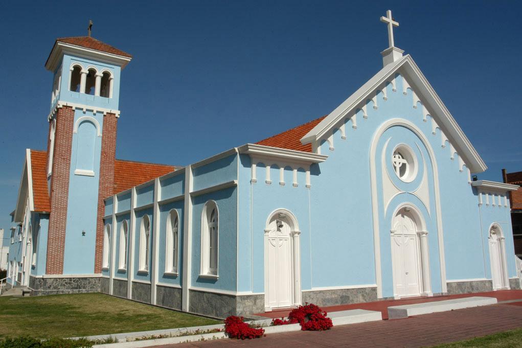 WEB-CENDELARIA-PUNTA DEL ESTE-BLUE-CHURCH-UY-URUGUAY-Vince Alongi-CC