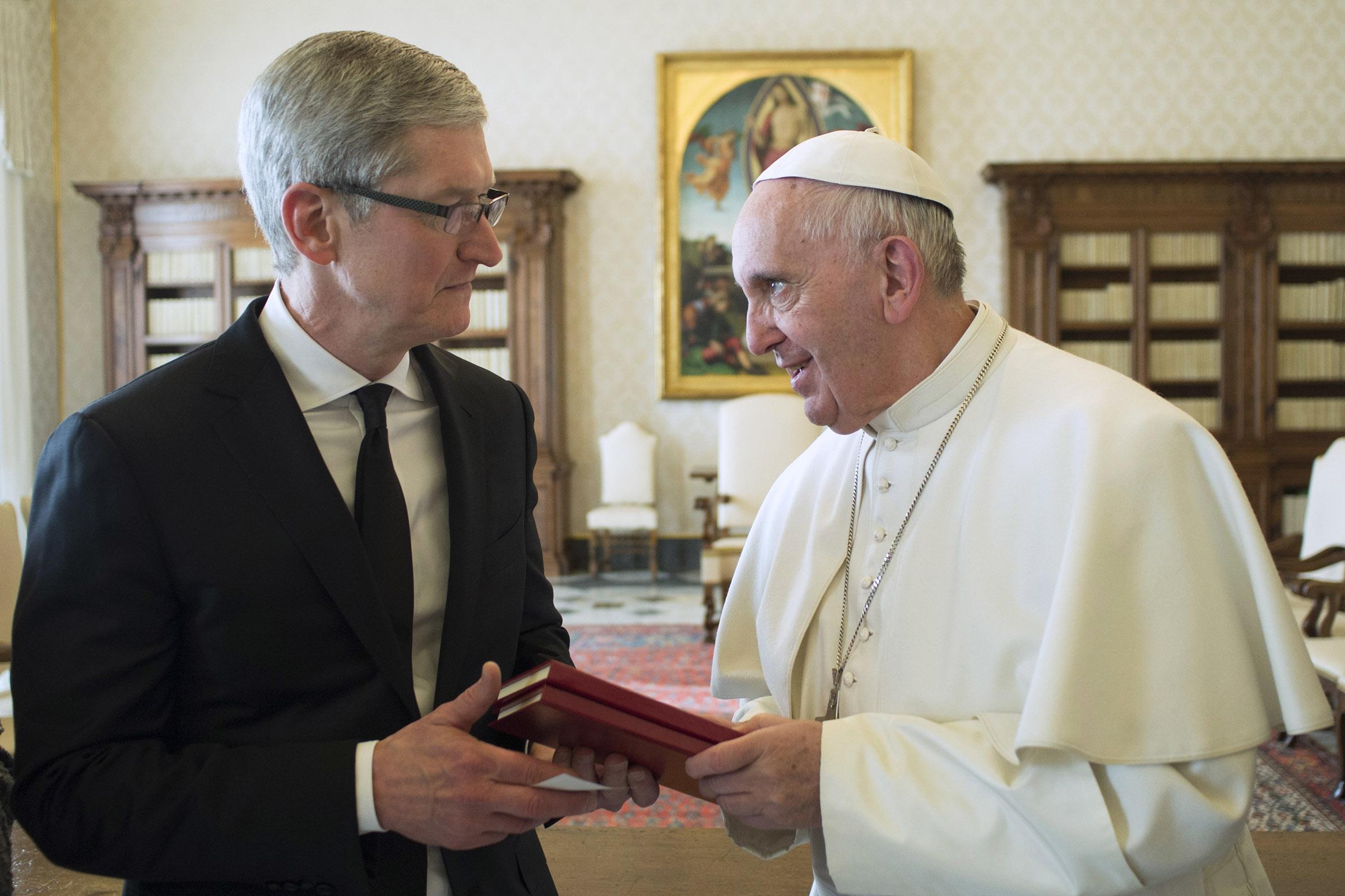 Encuentro del Papa Francisco con el CEO de Apple