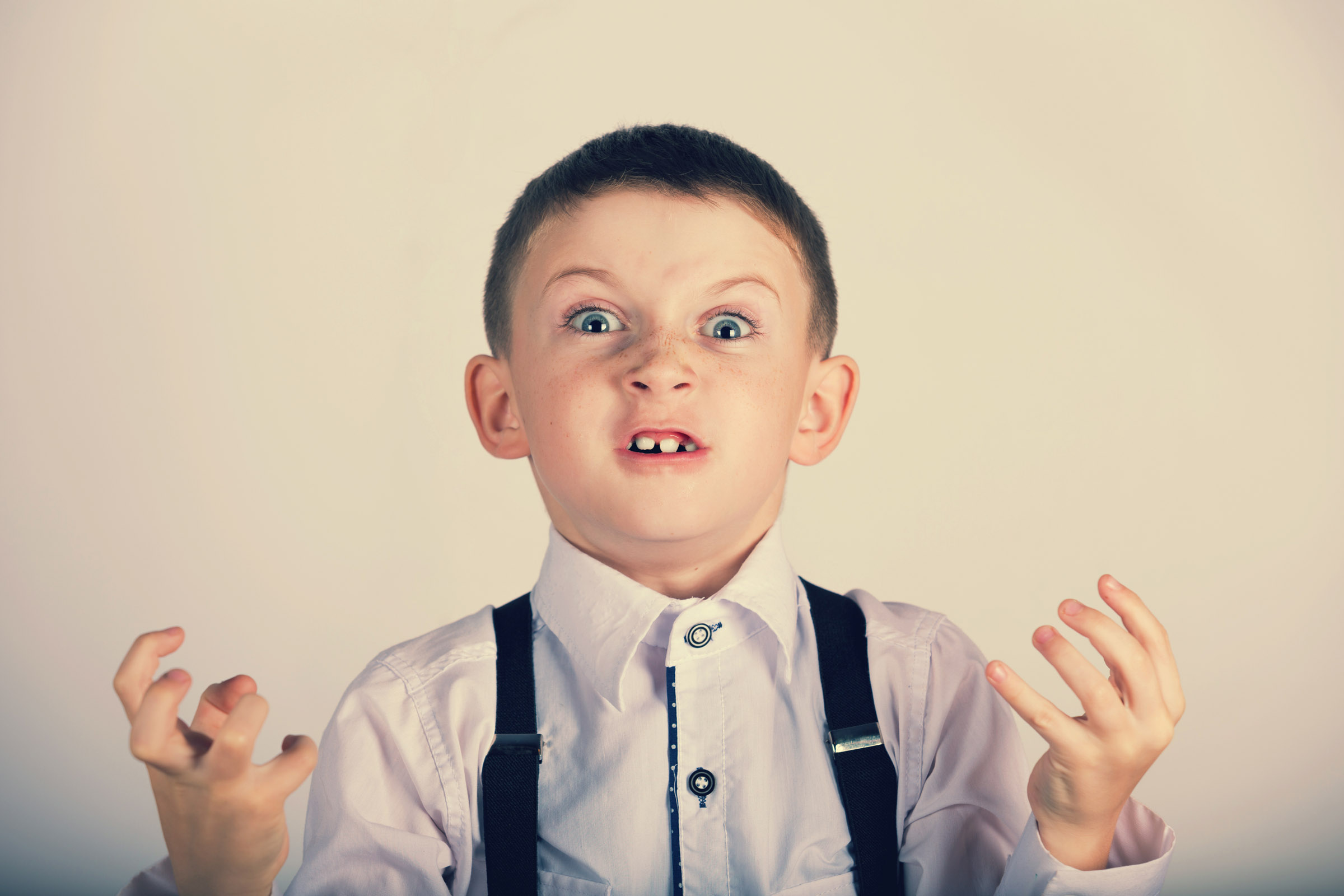 WEB-STRESSED-IRRITATED-BOY-ANGRY-shutterstock_351910007-CebotariN-AI