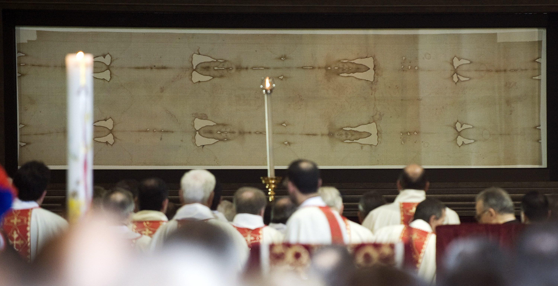 Diseñada por el arquitecto Guarino Guarini a finales del siglo XVII, la Capilla del Santo Sudario, en la Piazzetta Reale de Turín, alberga la que, para muchos, es quizá la reliquia más sagrada de la cristiandad: la tela utilizada para amortajar a Jesús en el sepulcro.