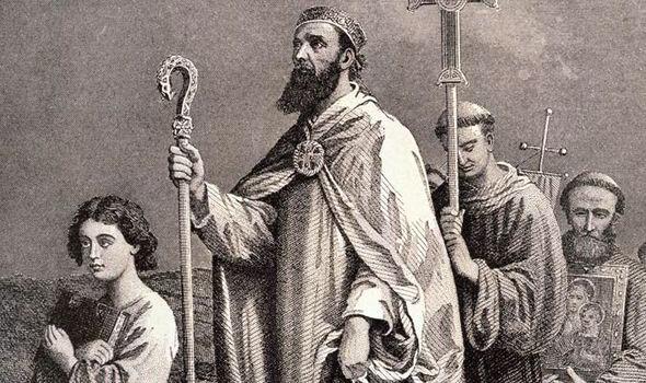 San Patricio habría nacido en Escocia o Gales.