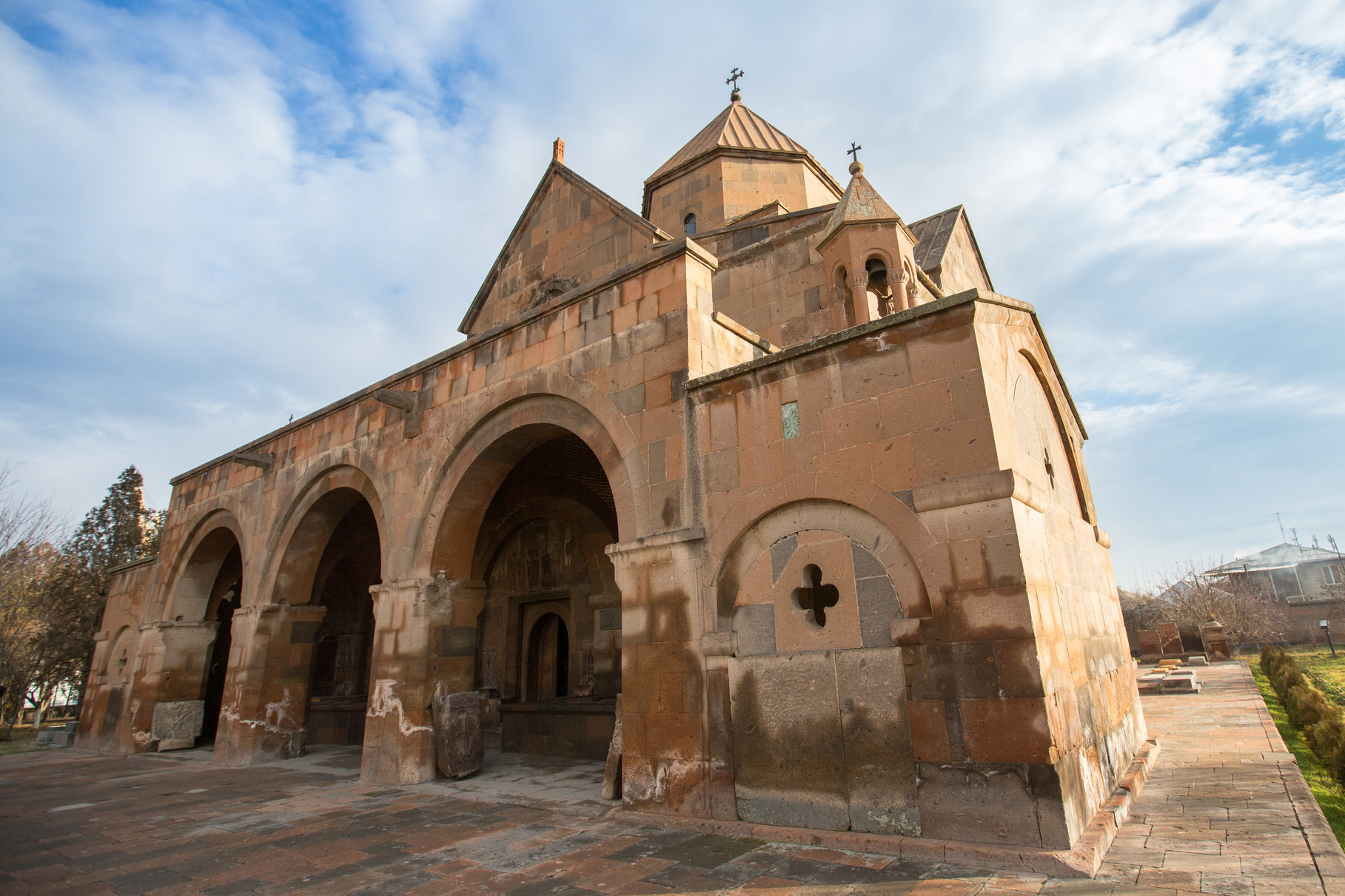 WEB-CATHEDRAL-ECHMIADZIN-ARMENIA-3-RAFFI YOUREDJIAN-CC