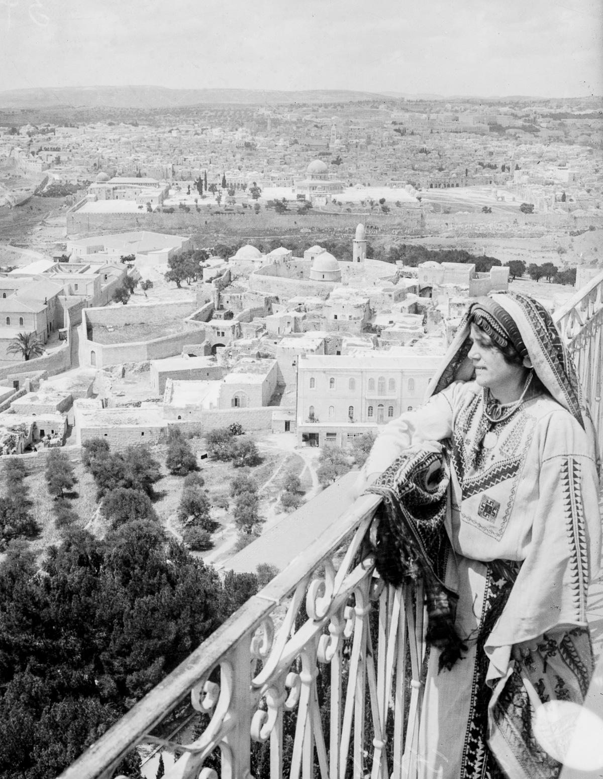 JERUSALEM-18-BAIN NEWS SERVICE-LIBRARY OF CONGRESS-PD
