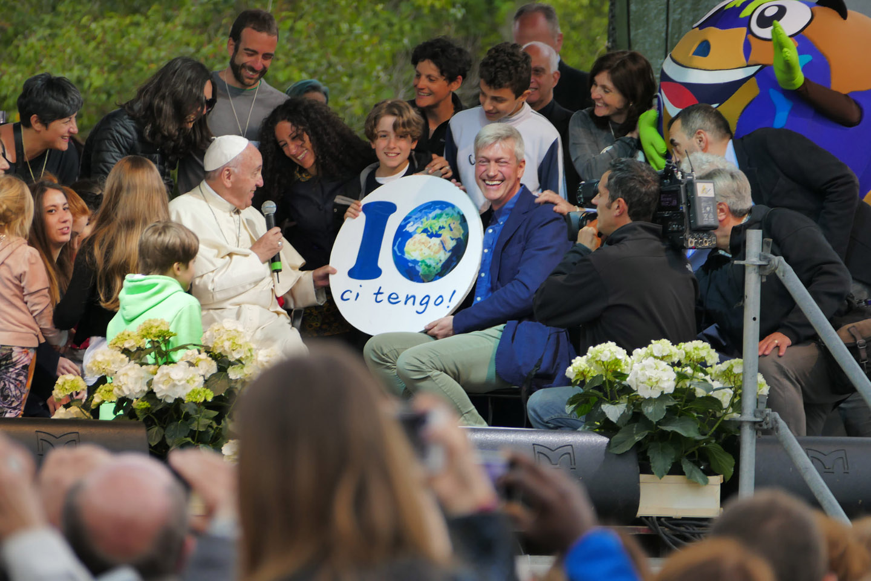 WEB-POPE FRANCIS-MARIAPOLI-ROME-BORGHESE-fotomas2015-cc