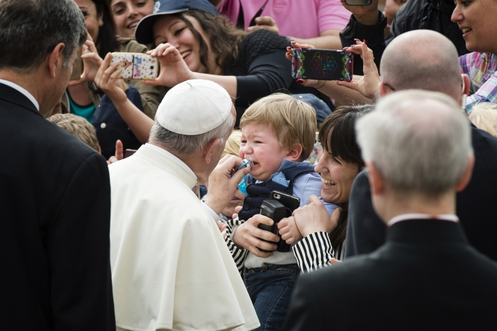 Pope francis general Audience May 11, 2016