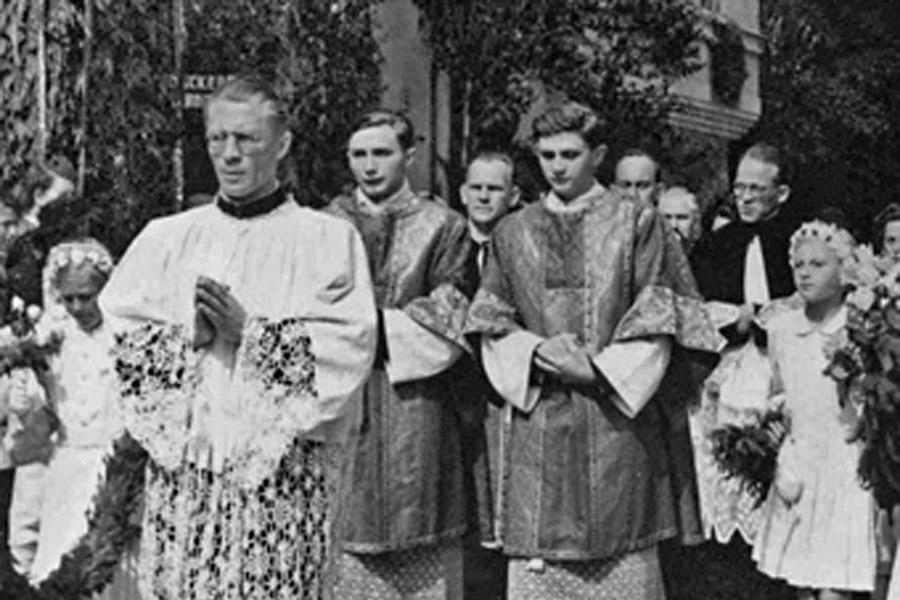 WEB-Georg Joseph Ratzinger-Ignatius_Press