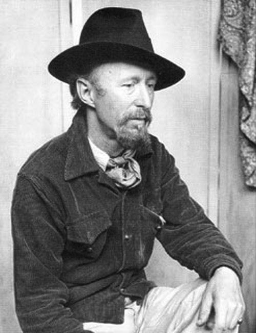 """""""Maxo"""" estudió arte en Zagreb y Bruselas y se graduó con altos honores en 1914, el año en el que  la Primera Guerra Mundial estalló. Durante el conflicto, se unió a la Cruz Roja belga."""