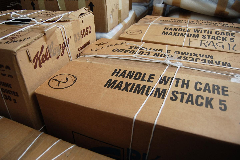 WEB-MOVE-MOVING-BOXES-Emerson Posadas-CC