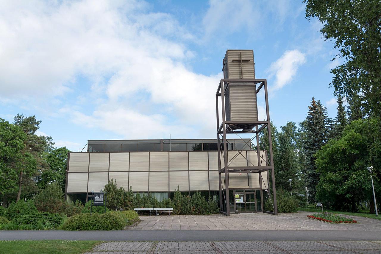 WEB-Kouvolan_keskuskirkko-Motopark-CC