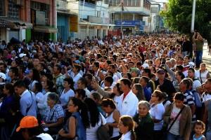 Venezolanos, en San Antonio del Tachira.