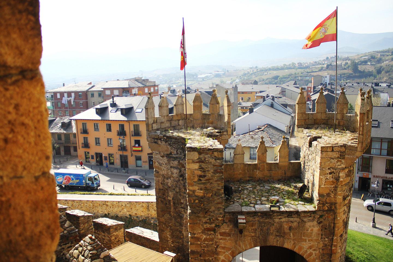 Hoy día el castillo es, de acuerdo a la propia página web del Ayuntamiento de Ponferrada, el recurso esencial que vertebra el desarrollo de la actividad cultural, turística y social de la ciudad y la comarca