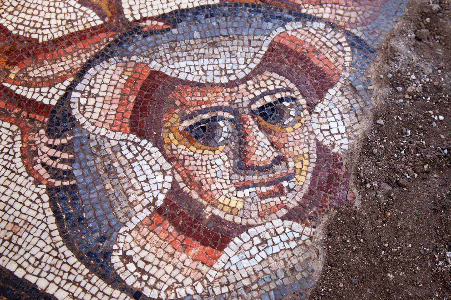 WEB-HUQOQ-ISRAEL-SINAGOGUE-MOSAIC-4-Jim Haberman-Huqoq Excavation Project