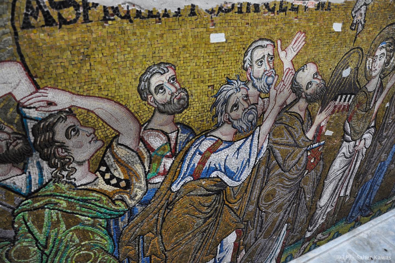 Los mosaicos del transepto norte corresponden a dos escenas posteriores a la Resurrección de Jesús: uno de ellos, la Ascensión de Jesús, en el que se ve además a la Virgen, once apóstoles y dos ángeles.