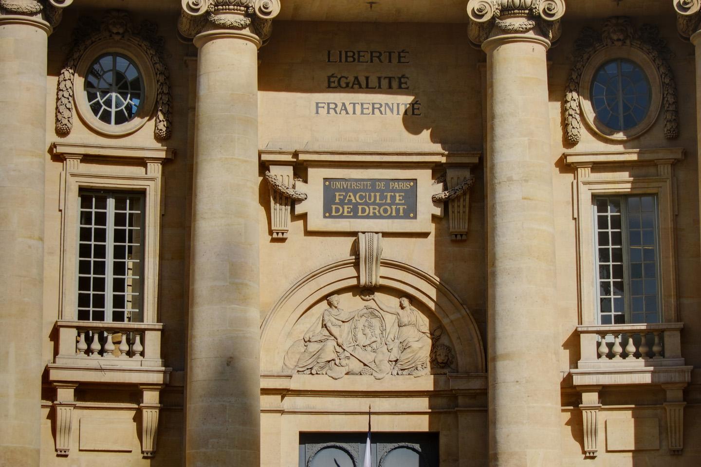 Fundada en 1045, recibió su certificación pontificia en 1215, de manos del Papa Inocente III.