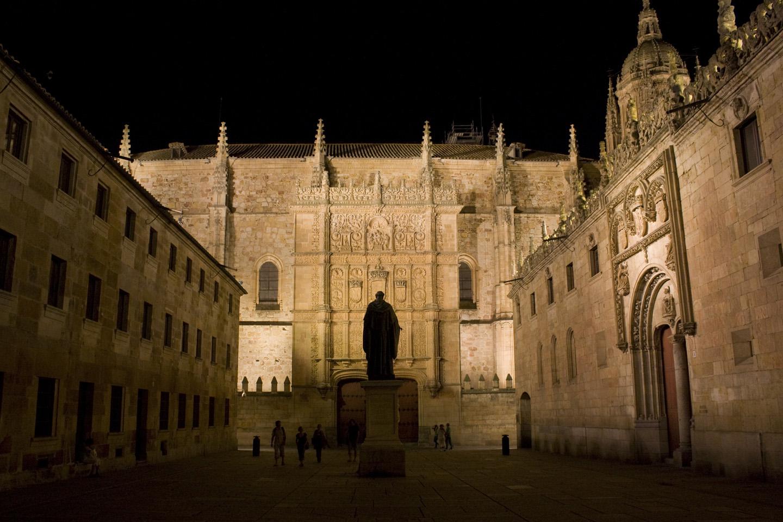 Fundada en 1134, recibió su certificación pontificia en 1255, de manos del Papa Alejandro IV.