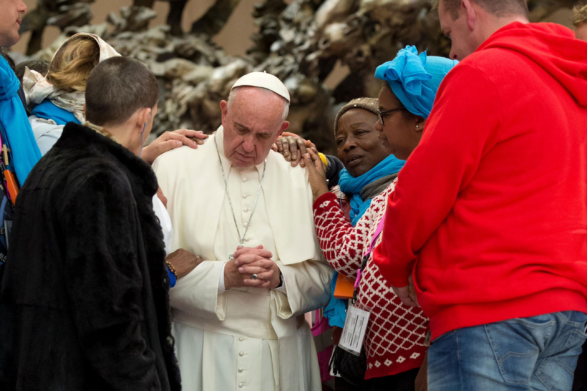Papa Francisco con los pobres