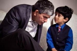 web-learning-child-father-listen-madhavi-kuram-cc