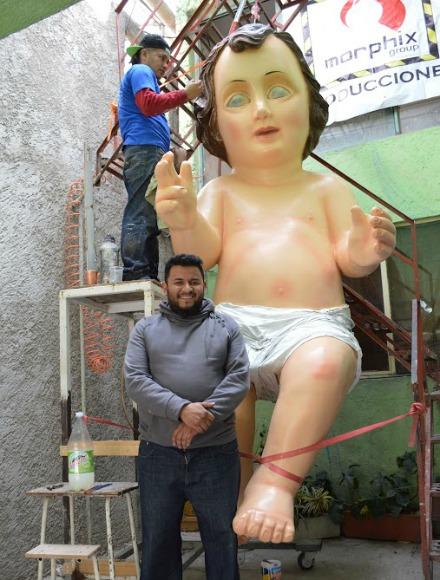 El responsable del proyecto, el señor Abraham Arturo Gómez, dijo que la construcción de la figura comenzó en el año 2013, por iniciativa de un grupo de artesanos, con miras a llevar un mensaje de paz y bien a las distintas comunidades parroquiales mexicanas.