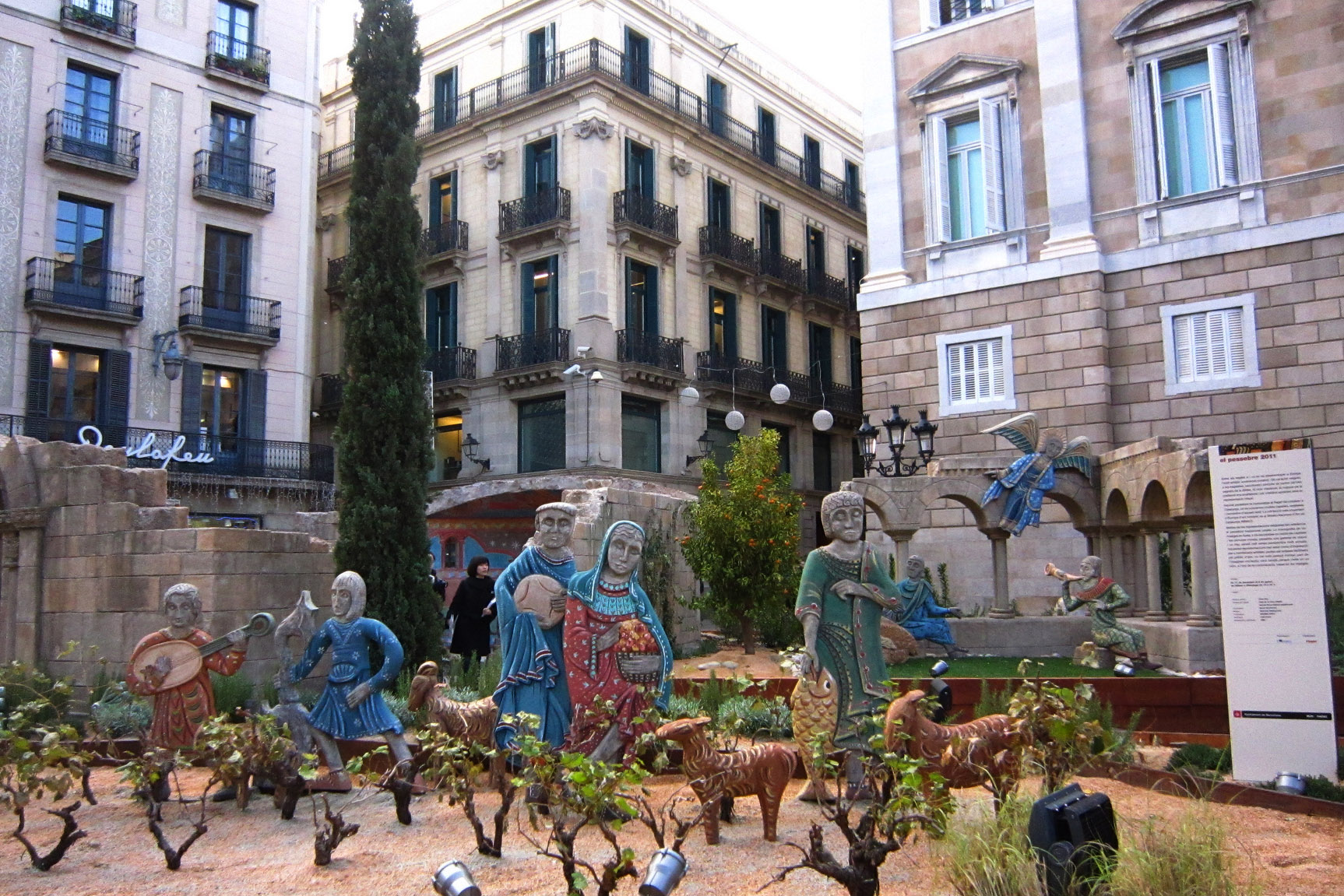 web-nativity-manger-christmas-barcelona-spain-melissa-delzio-cc