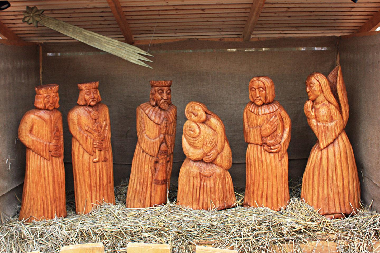 web-nativity-manger-christmas-budapest-hungary-marydoll1952-cc