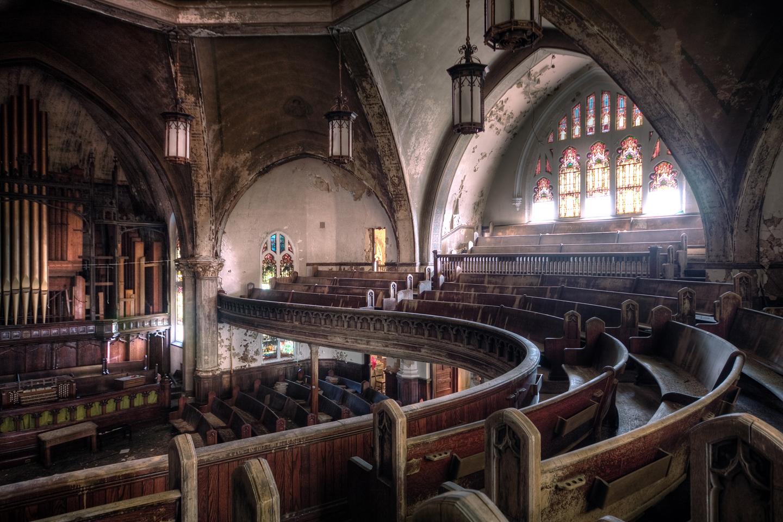 Habiendo llegado a formar parte del Registro Nacional de Lugares Históricos en 1982, la iglesia quedó abandonada en la primavera de 2010