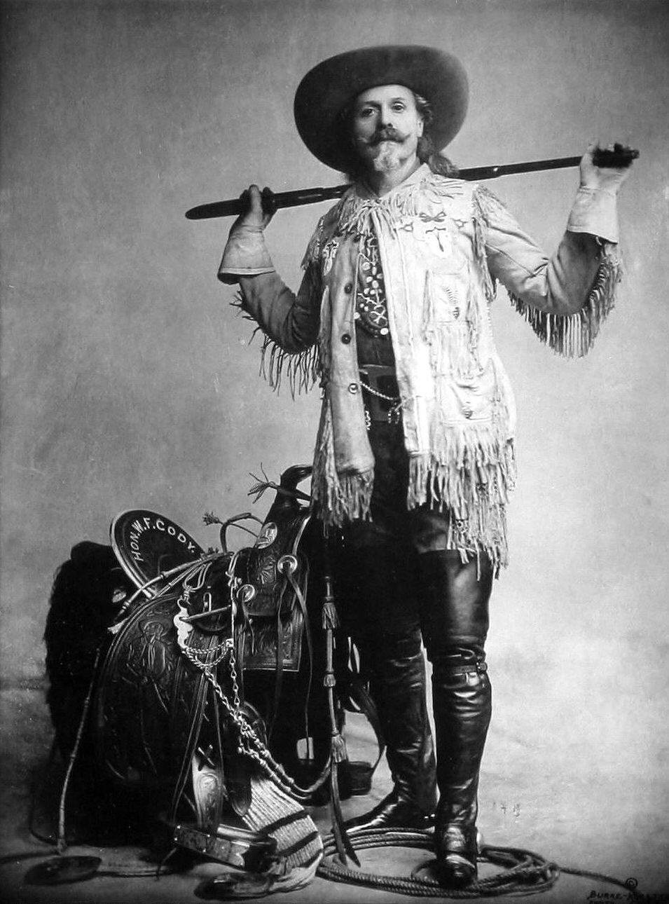 El día antes de morir, el 9 de enero de 1917, a pesar de haber sido masón toda su vida, Buffalo Bill pidió al padre Christopher Walsh que le bautizase como católico.