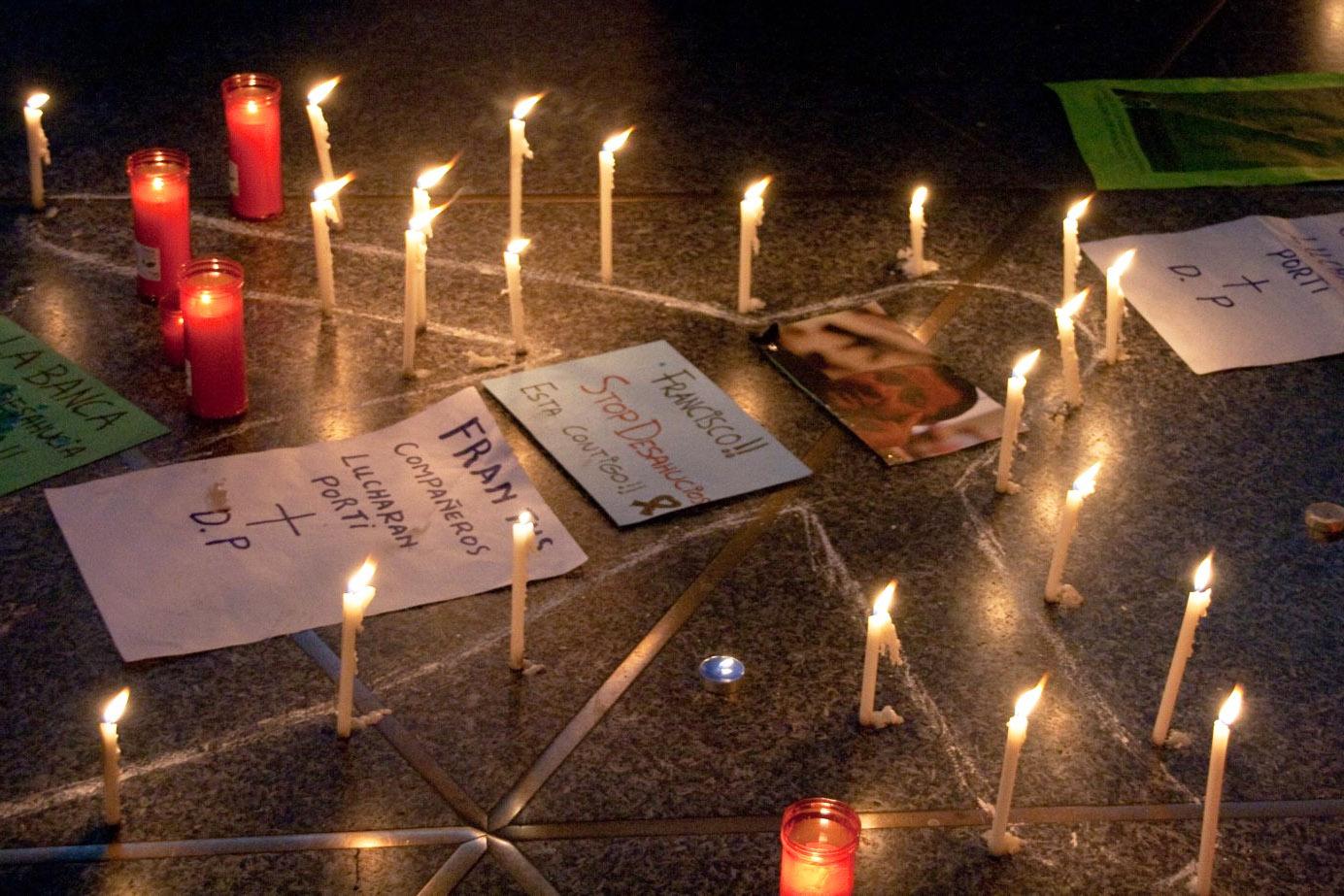 web-suicide-spain-candles-javi-cc