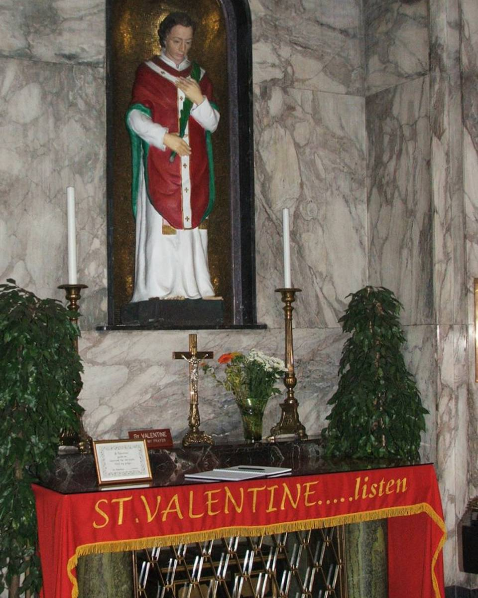 web-relics-of-saint-valentine-whitefriar-street-church-dublin-ireland-blackfish-cc1