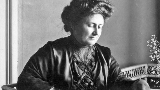 Fotografía de dominio público de María Montessori a partir de 1913