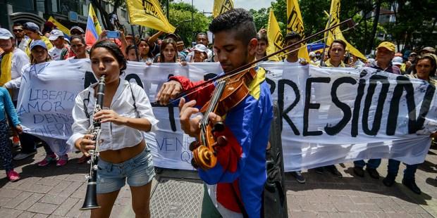 VENEZUELA MUSICIANS
