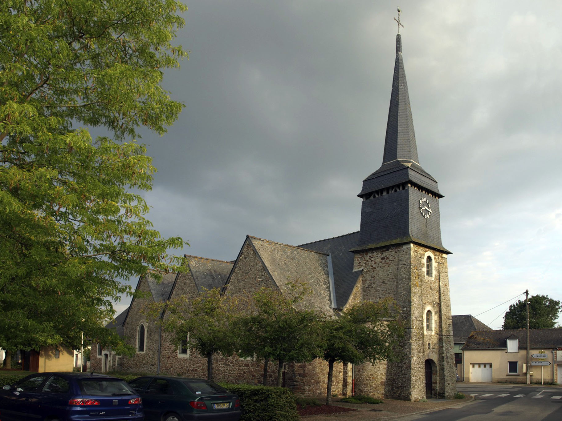 Church Bouchamps