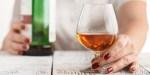 KOBIETA ALKOHOLICZKA