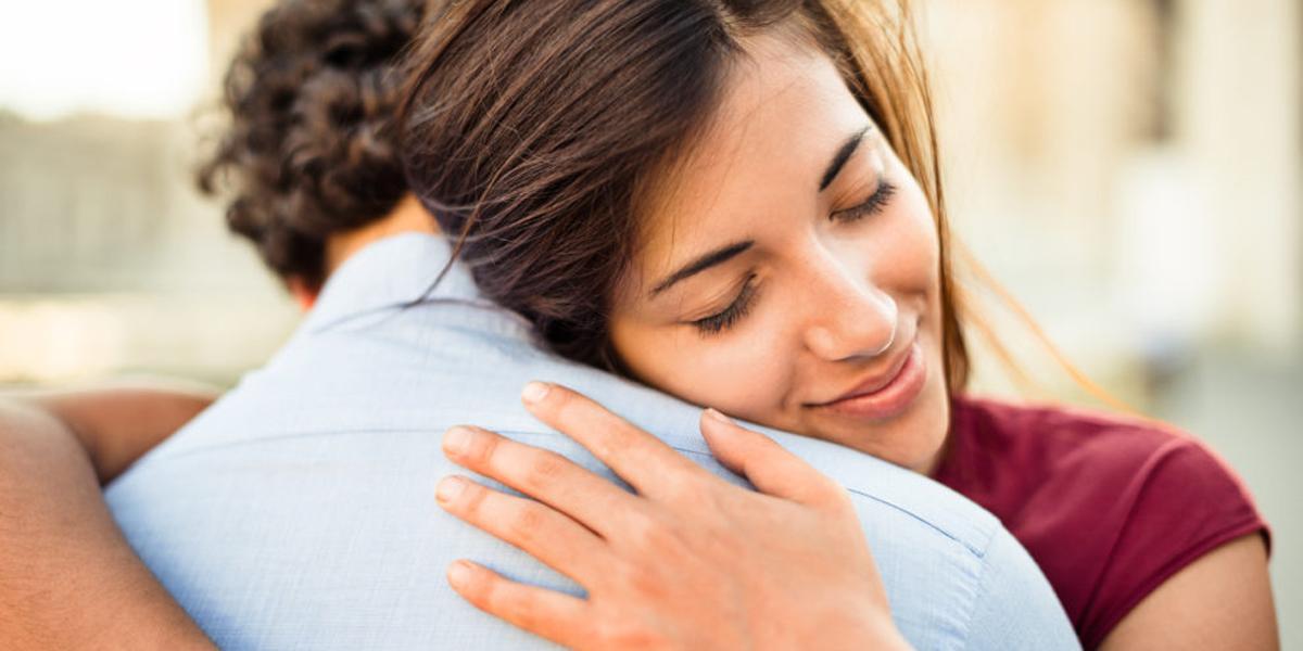HUSBAND,WIFE,HUG