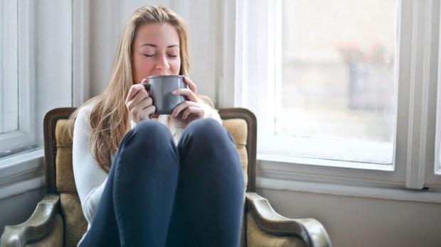 WOMAN,ALONE,COFFEE,HOME