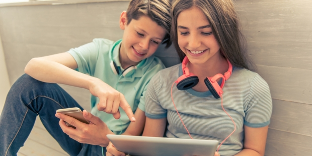 TEENAGERS;TECHNOLOGY
