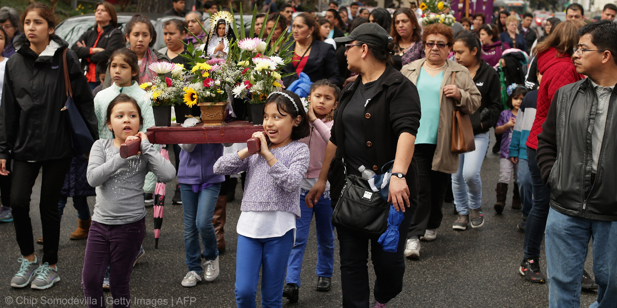CHILDREN,VIRGIN MARY,PROCESSION