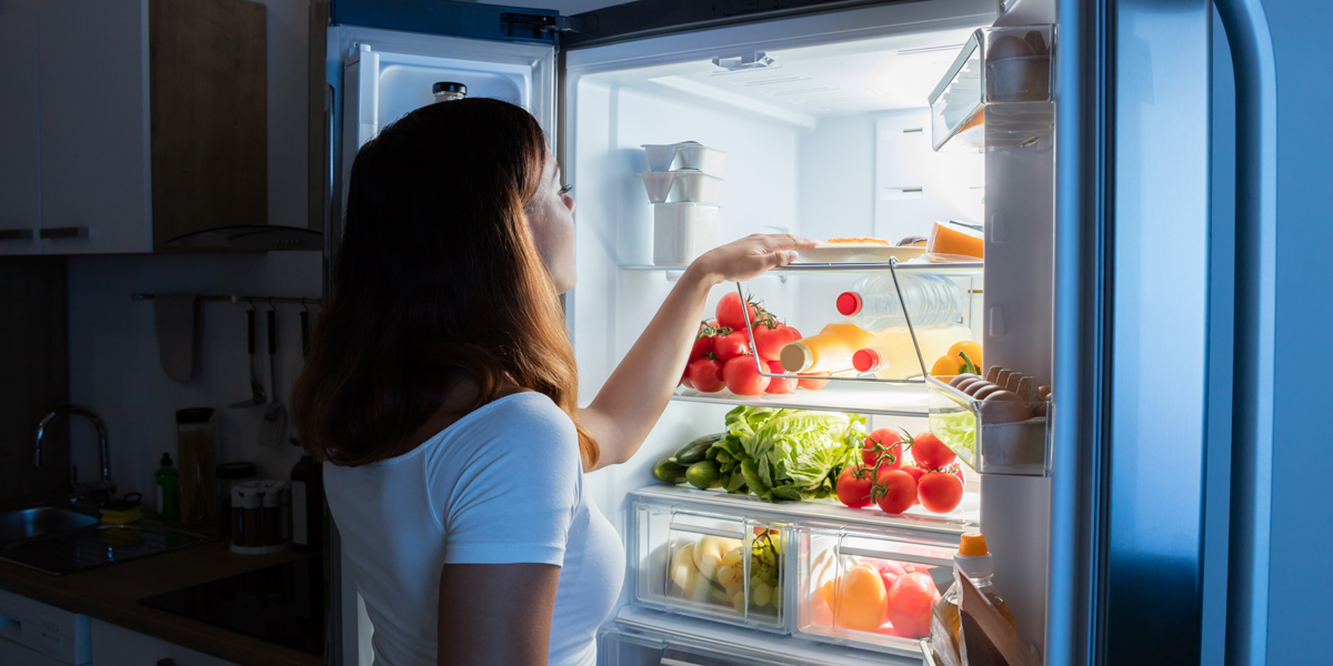 WOMAN,FRIDGE,SNACK