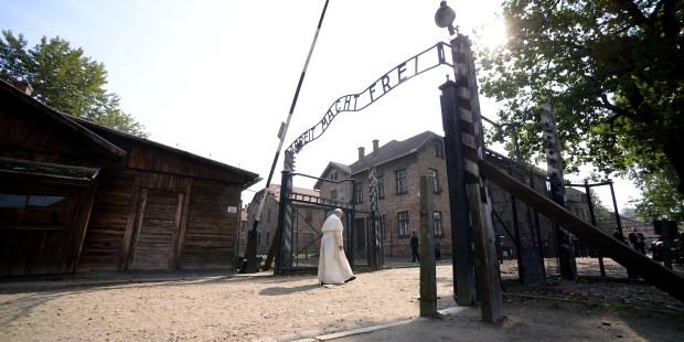 Visitas del Papa a Auschwitz