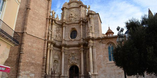 Catedral de Valencia y Capilla del Santo Grial