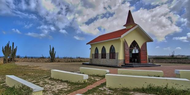 (GALERÍA) 8 hermosas e históricas iglesias católicas en el Caribe