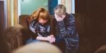 WOMEN,PRAYING
