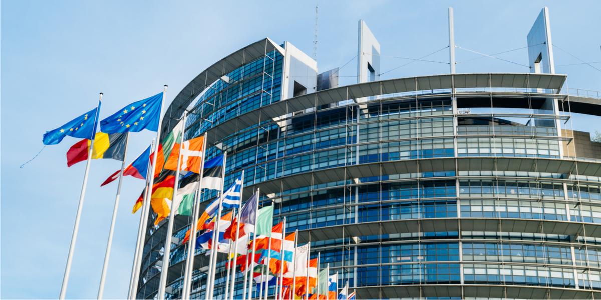 parlement européen drapeaux