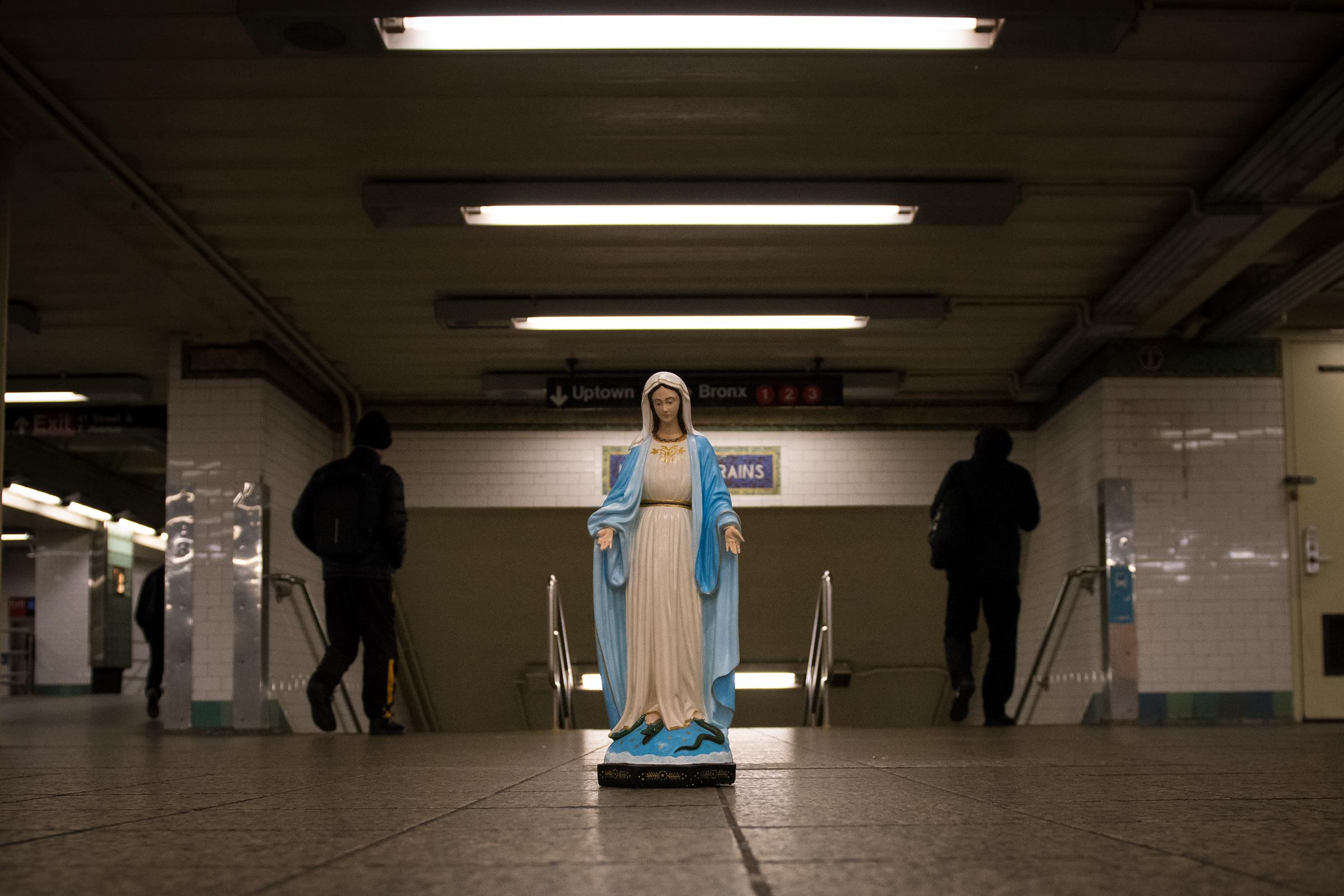 HOLY INNOCENTS,ROSARY,NEW YORK,NYC