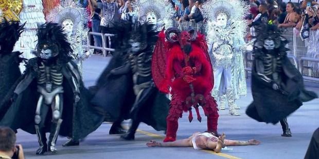 carnaval 2019 Gaviões da Fiel diabo Jesus