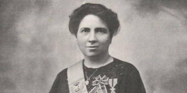 MARIA DE ECHARRI
